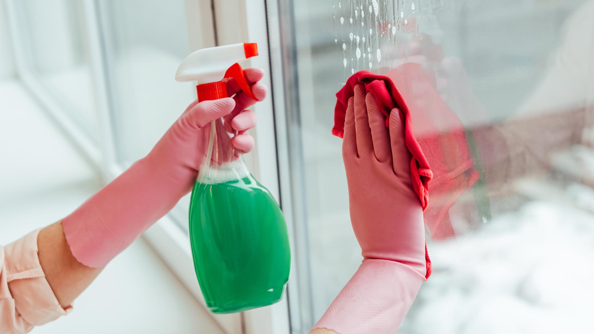 maxibrico-artigo-limpeza-janelas-2